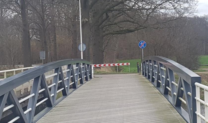 Nieuwe fietsbrug over de Slinge